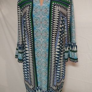 Chicos Size 2 Shift Dress With Bell Sleeves